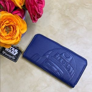NWT Loungefly Star War R2-D2 Debossed Wallet.